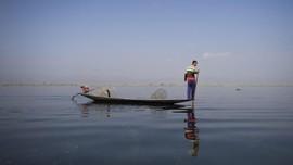 FOTO: Danau Inle yang Menghidupi Para Intha