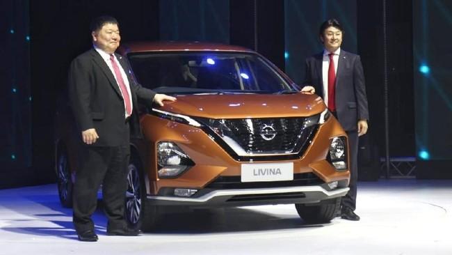 Pihak Nissan Motor Indonesia (NMI) sengaja membedakan indentitas Livina generasi baru dengan 'kembarannya'. yaitu Xpander. (CNNIndonesia/Safir Makki)