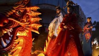 FOTO: Merah Cap Go Meh dari Penjuru Nusantara