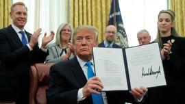 Trump Teken Perintah Pembentukan Angkatan Luar Angkasa AS