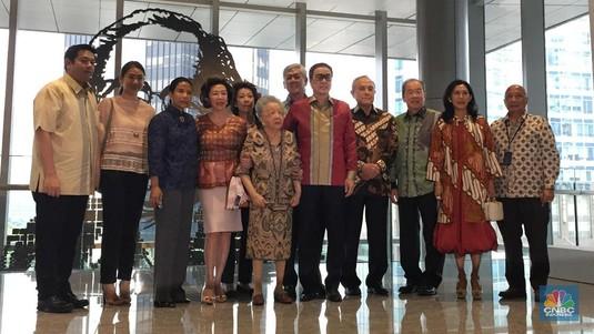 Reuni Rini Soemarno & Keluarga Soeryadjaja di Gedung Astra