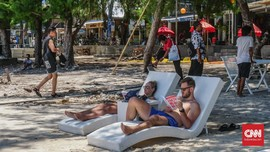Corona, BPS Catat Kunjungan Turis Asing Anjlok 30 Persen