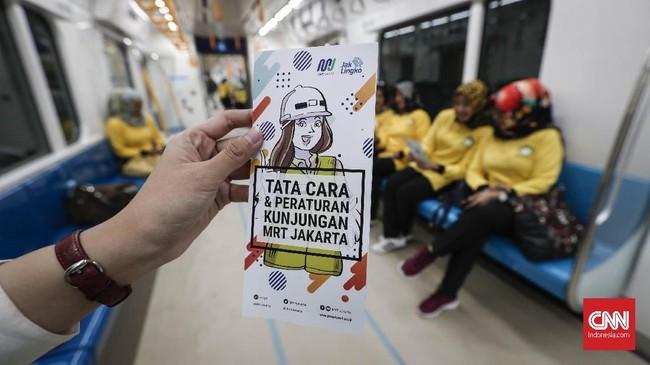 Satu rangkaian kereta MRT terdiri dari enam gerbong dengan daya tampung 1.950 penumpang. (CNNIndonesia/Safir Makki)