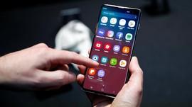 Samsung Optimis Ponsel Premium Masih Diminati