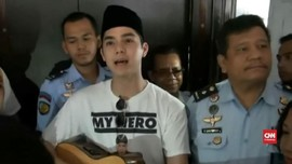 VIDEO: Nyanyian Al Ghazali untuk Ayahnya di Rutan Medaeng