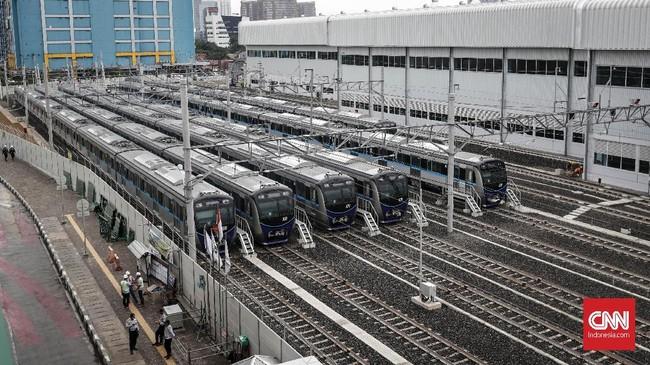Uji coba perkeretaapian (full trial run) seluruh kereta MRT Jakarta yang bernama Ratangga ini pada 26 Februari 2019 mendatang. (CNNIndonesia/Safir Makki)