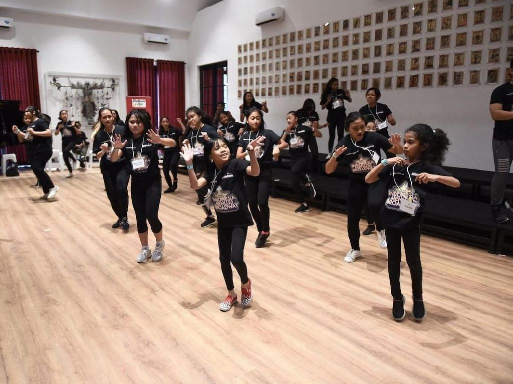 Dari pelatihan ini, akan dipilih 10 orang yang berkesempatan untuk diberangkatkan ke New York oleh Bakti Budaya Djarum Foundation dan mendapatkan pelatihan di broadway dari para spesialis teater musikal terbaik selama 5 hari pada Juli 2019. Istimewa/Bakti Budaya Djarum Foundation.
