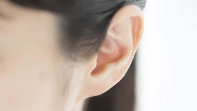 Mengatasi Jerawat yang Terasa Perih di Telinga