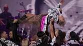 Dalam Brit Awards 2019, Pink mendapatkan penghargaan khusus Outstanding Contribution to Music Award. (REUTERS/Hannah McKay)