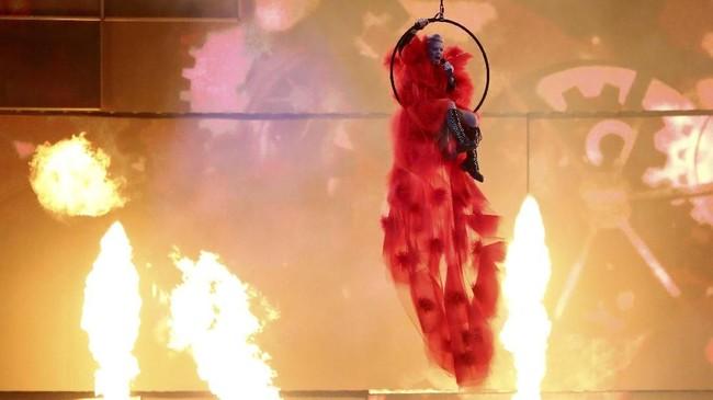 Pink jadi penerima pertama penghargaan Outstanding Contribution to Music Award sejak terakhir kali diberikan pada 2012. (REUTERS/Hannah McKay)