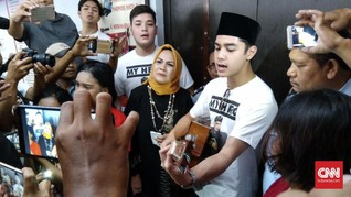 Al Ghazali Bawakan Lagu Ahmad Dhani di Rutan Medaeng