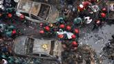 Menurut pemadam kebakaran, kebanyakan korban meninggal karena terjebak di dalam bangunan ruko. (REUTERS/Mohammad Ponir Hossain)