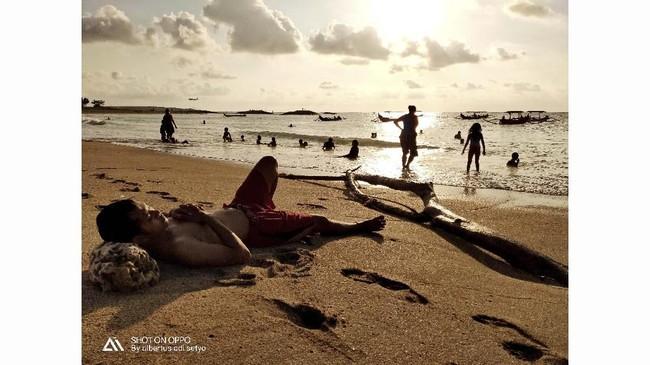 Fotografer: Albertus Adi Setyo. Lokasi: Pantai Kuta.