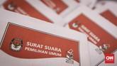 Komisi Pemilihan Umum (KPU)sudah memulai proses produksi surat suara yang akan digunakan untuk Pilpres dan Pileg 2019. Sejauh ini jumlah total surat suara yang diproduksi mencapai939.879.651 lembar. (CNNIndonesia/Safir Makki)