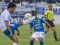 Babak Pertama: Arema Unggul 2-0 Atas Bhayangkara FC