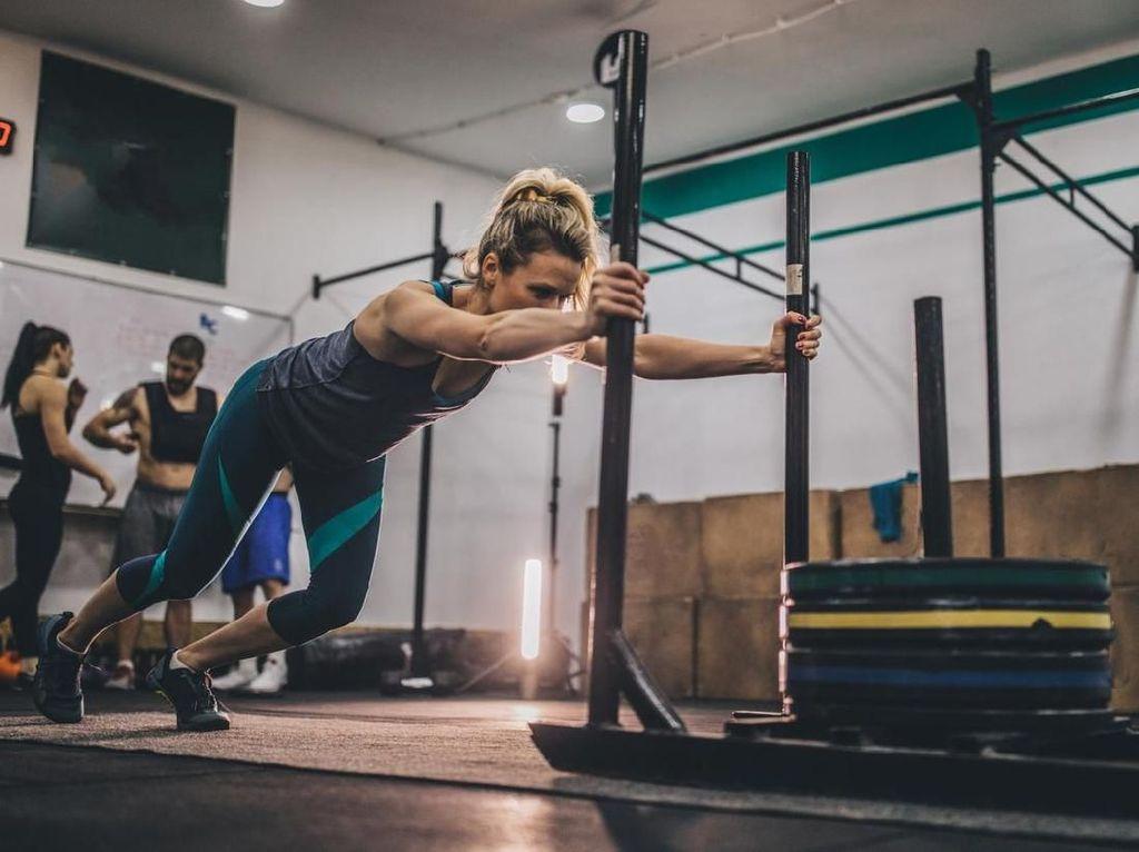 Sempatkan 30 Menit Olahraga Sebelum Kerja Agar Tak Kena Serangan Jantung