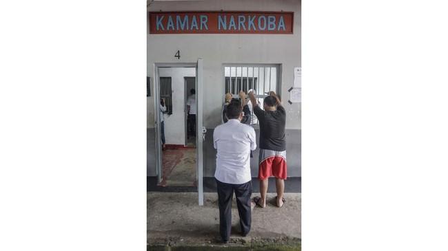 Petugas kerap melakukan penggeledahan saatinspeksi mendadak (sidak)sepertidi Rumah Tahanan Klas IIB, Kabupaten Batang, Jawa Tengah, Kamis (21/2) lalu. (ANTARA FOTO/Harviyan Perdana Putra).