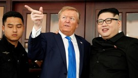 'Donald Trump' dan 'Kim Jong-un' Ditangkap di Vietnam