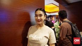Cerita Happy Salma Syuting 'Dilan 1991' Sambil Menyusui