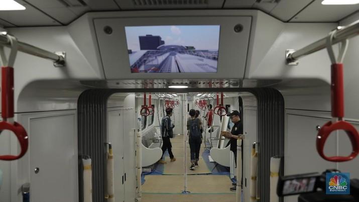 Jika proses tersebut berjalan lancar, maka LRT sudah bisa dioperasikan secara komersil pada 18 Maret 2019.