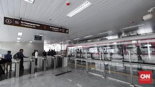Lansia dan Pelajar Bakal Gratis Naik LRT Jakarta