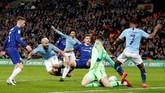 Kepa Arrizabalaga dipercaya turun sebagai kiper dalam laga final Piala Liga Chelsea melawan Manchester City. (Reuters/Carl Recine)