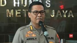 Polisi Tangkap Komedian Nunung dalam Kasus Narkoba