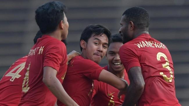 Timnas Indonesia U-22 memastikan kemenangan lewat gol tendangan bebas gelandang Muhamad Luthfi Kamal Baharsjah pada menit ke-70. (ANTARA FOTO/Nyoman Budhiana)