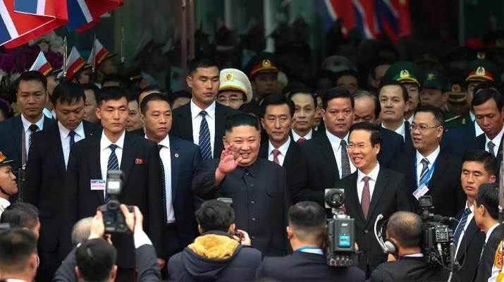 Meriahnya Sambutan Vietnam untuk Kim Jong Un
