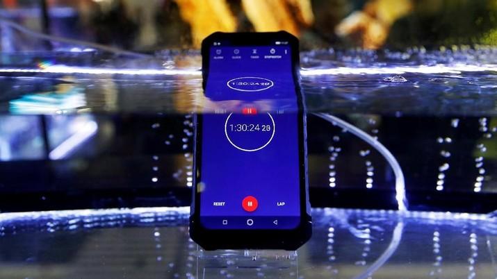 Cari Smartphone Rp 3 Jutaan Fitur Mantap? Cek di Sini!