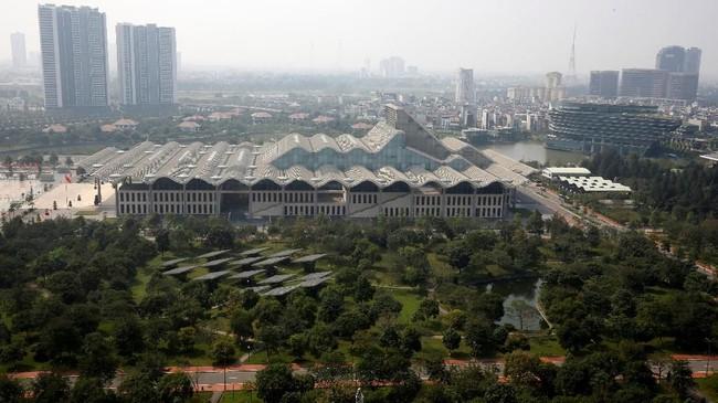 Gedung National Convention Center di Hanoi, Vietnam.Jong-un telah datang menggunakan kereta pribadi pada Selasa (26/2), sementara Trump baru datang menggunakan pesawat kenegaraan pada Rabu (27/2). (REUTERS/Kham)