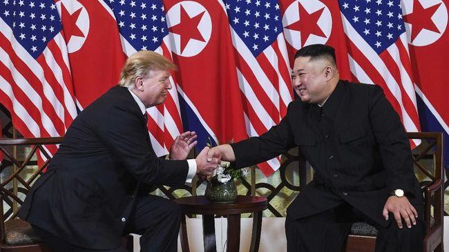 Trump dan Kim Jong-un Saling Kirim 12 Surat Sejak Tahun Lalu
