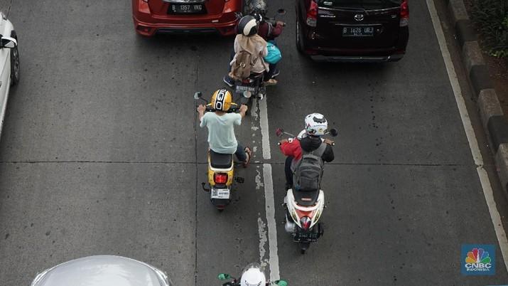 Polda Metro Jaya Pastikan Ganjil-Genap Sepeda Motor Hoax!