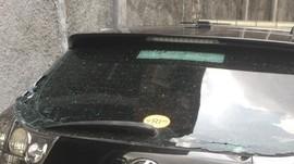 Biaya Perbaikan Kaca Mobil Roy Suryo yang Pecah