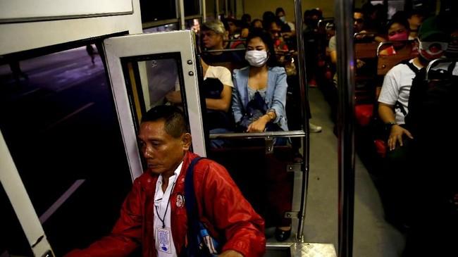 Presiden Filipina, Rodrigo Duterte, menyatakan tidak mudah menekan tingkat kemacetan di negaranya. (REUTERS/Eloisa Lopez).