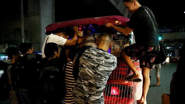 Menurut hasil survei Waze pada 2015, tingkat kemacetan lalu lintas di Filipina adalah yang terparah di dunia. (REUTERS/Eloisa Lopez).