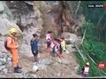 VIDEO: Tambang Emas Sulut Longsor, Puluhan Warga Tertimbun