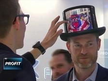 Royale Kenalkan Ponsel, Baju, hingga Topi Lipat Digital