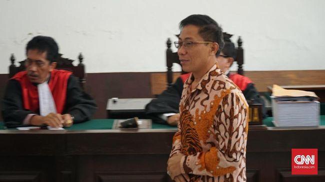 Jual Beli Jabatan, Bupati Cirebon Dituntut 7 Tahun Penjara