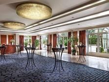 Tiket Pesawat Mahal, Hotel Berbintang Sepi