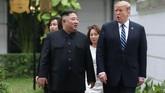 Kim Jong-un sangat ingin sanksi-sanksi yang selama ini dijatuhkan AS dan dunia dicabut. (REUTERS/Leah Millis)