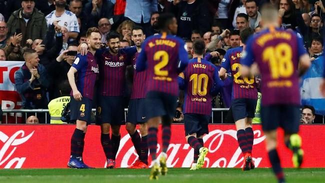 Barcelona berhasil mempertahankan keunggulan 3-0 hingga akhir pertandingan. Barcelona lolos ke babak final Copa del Rey dengan agregat 4-1. (REUTERS/Juan Medina)
