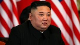 Kim Jong-un Sidak Kapal Selam Baru Korut