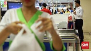 Menperin Kaji Usulan Pengusaha Minta Perda Plastik Dicabut