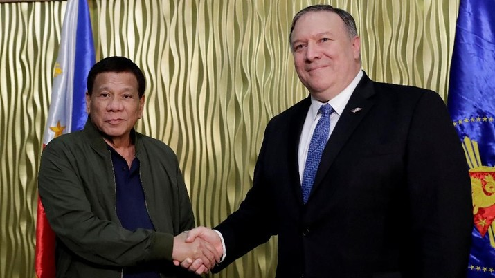Mike Pompeo menyakinkan Filipina bahwa akan dipertahankan oleh Amerika Serikat tentang tindakan China yang mengancam kebebasan navigasi di Laut China Selatan