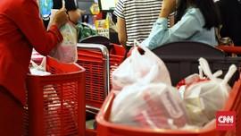 Pengusaha Ragu Plastik Berbayar Efektif Tekan Sampah