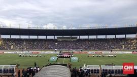 Bobotoh Soraki Perwakilan PSSI di Pembukaan Piala Presiden
