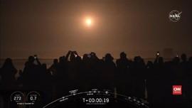 VIDEO: Kapsul Luar Angkasa SpaceX Resmi Meluncur