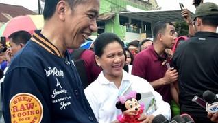 Belanja untuk Cucu, Jokowi Habis Rp400 Ribu di Pasar Kendari