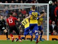 FOTO: Dihujani Gol Indah, Man United Kalahkan Southampton 3-2